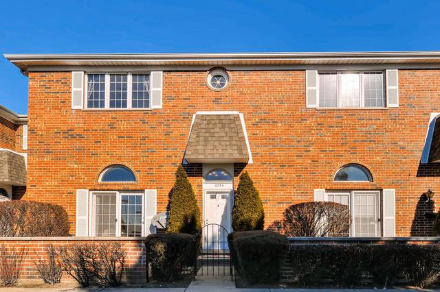 4254 W Touhy Avenue, Lincolnwood, IL 60712 (MLS #09850158) :: MKT Properties   Keller Williams