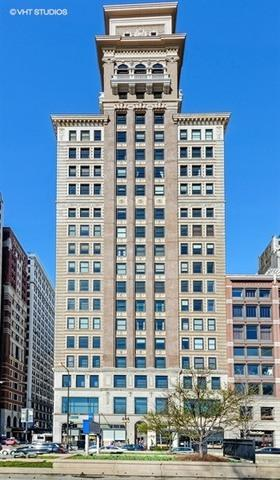 6 N Michigan Avenue #1804, Chicago, IL 60602 (MLS #09851296) :: The Jacobs Group