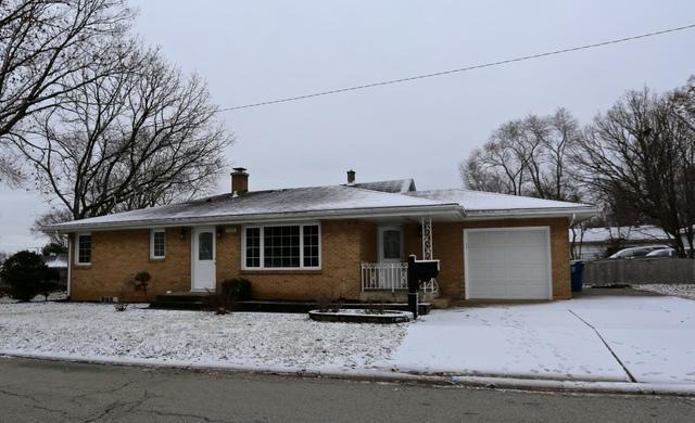 1925 Cora Street, Crest Hill, IL 60403 (MLS #09852036) :: The Dena Furlow Team - Keller Williams Realty