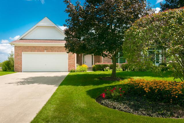 1285 Hunters Ridge West, Hoffman Estates, IL 60192 (MLS #09855257) :: Lewke Partners