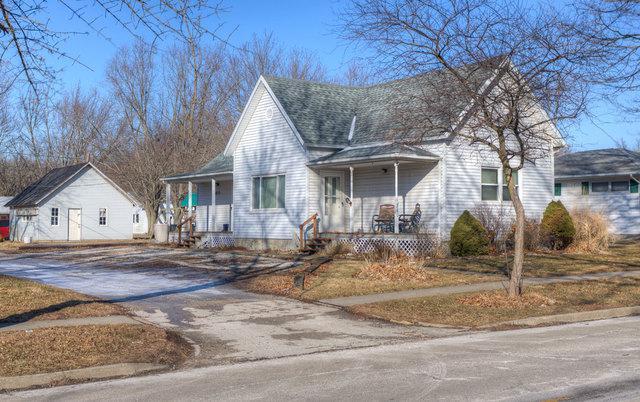 210 E Main Street, SIDNEY, IL 61877 (MLS #09855633) :: Littlefield Group