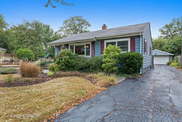 139 Ann Street, Clarendon Hills, IL 60514 (MLS #09855758) :: Lewke Partners
