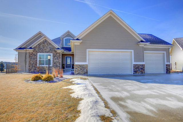 5025 Trey Boulevard, Champaign, IL 61822 (MLS #09856189) :: Littlefield Group