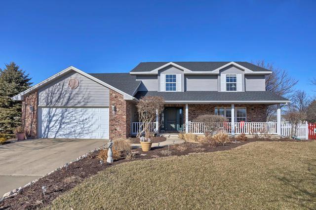 1104 E Grand Avenue, ST. JOSEPH, IL 61873 (MLS #09856258) :: Ryan Dallas Real Estate