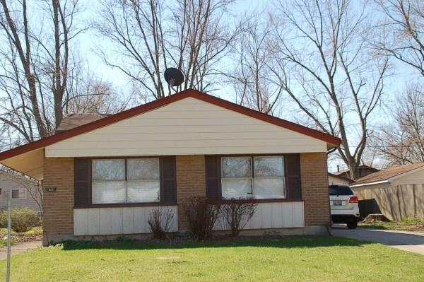 321 Farragut Street, Park Forest, IL 60466 (MLS #09856657) :: The Dena Furlow Team - Keller Williams Realty