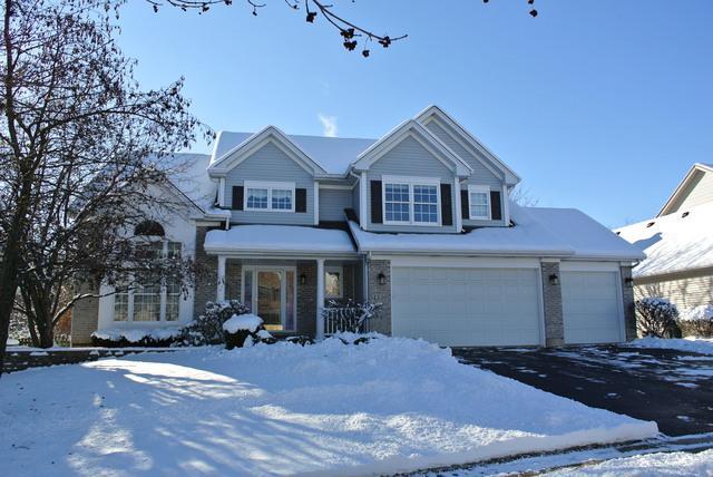 1330 Prairie Court, West Chicago, IL 60185 (MLS #09856825) :: Lewke Partners