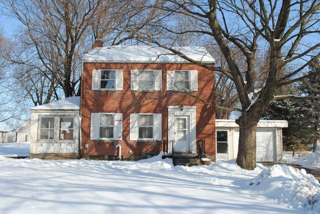 902 W 23rd Street, Sterling, IL 61081 (MLS #09856862) :: Lewke Partners