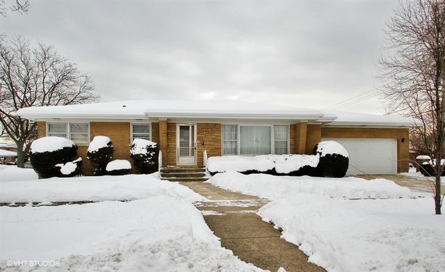 7622 N Neva Avenue, Niles, IL 60714 (MLS #09856989) :: Helen Oliveri Real Estate