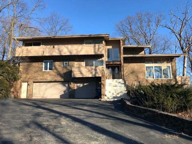 11650 S Walnut Ridge Drive, Palos Park, IL 60464 (MLS #09857028) :: Lewke Partners