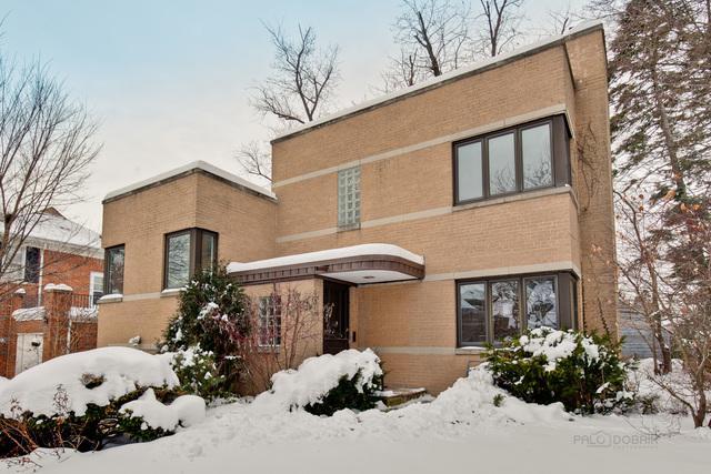 6926 N Kenton Avenue, Lincolnwood, IL 60712 (MLS #09857066) :: Lewke Partners