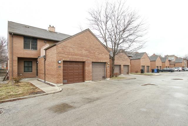 1130 S Troy Street K, Chicago, IL 60612 (MLS #09857145) :: The Dena Furlow Team - Keller Williams Realty