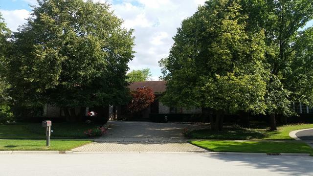 2803 Woodmere Drive, Northbrook, IL 60062 (MLS #09857570) :: Helen Oliveri Real Estate