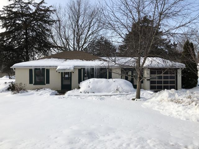 611 N West Street, Sandwich, IL 60548 (MLS #09857833) :: Lewke Partners