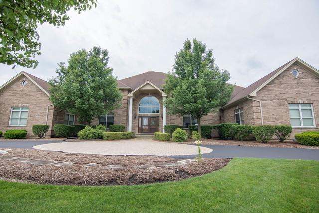 4 Jessica Court, Hawthorn Woods, IL 60047 (MLS #09857845) :: Helen Oliveri Real Estate