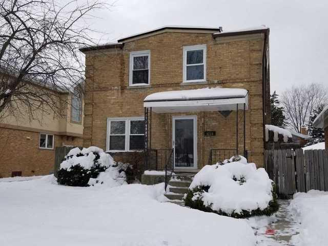 8230 N Oketo Avenue, Niles, IL 60714 (MLS #09858048) :: Helen Oliveri Real Estate