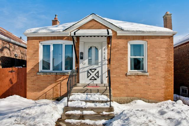 6849 S Kedvale Avenue, Chicago, IL 60629 (MLS #09858644) :: The Dena Furlow Team - Keller Williams Realty
