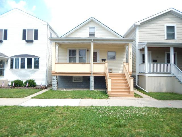 8609 Callie Avenue, Morton Grove, IL 60053 (MLS #09859058) :: Helen Oliveri Real Estate