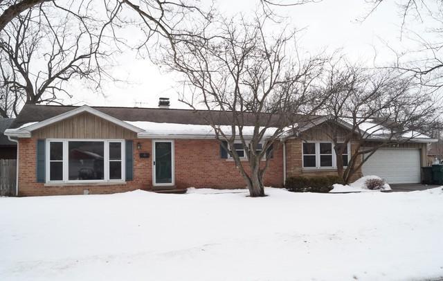 1382 Western Avenue, Northbrook, IL 60062 (MLS #09859232) :: Helen Oliveri Real Estate