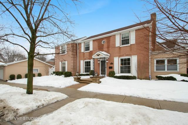 5758 N Caldwell Avenue, Chicago, IL 60646 (MLS #09859349) :: Lewke Partners
