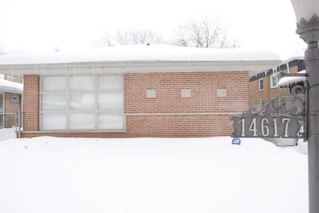 14617 Dorchester Avenue, Dolton, IL 60419 (MLS #09859755) :: The Dena Furlow Team - Keller Williams Realty