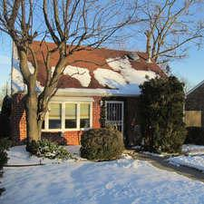 9313 S 81st Court, Hickory Hills, IL 60457 (MLS #09860099) :: The Wexler Group at Keller Williams Preferred Realty