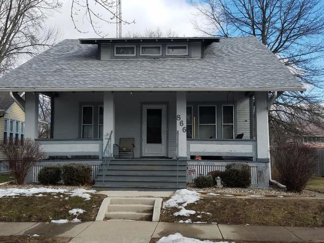 866 S Myrtle Avenue, Kankakee, IL 60901 (MLS #09860117) :: The Dena Furlow Team - Keller Williams Realty