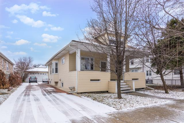 3725 W 63rd Place, Chicago, IL 60629 (MLS #09860227) :: The Dena Furlow Team - Keller Williams Realty