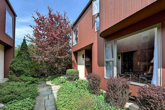 944 Washington Street, Glenview, IL 60025 (MLS #09860311) :: Helen Oliveri Real Estate