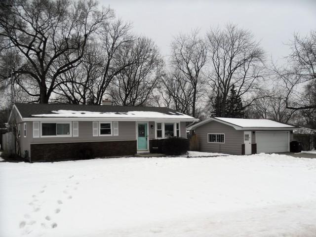 2117 Maplewood Lane, Joliet, IL 60433 (MLS #09860546) :: The Dena Furlow Team - Keller Williams Realty