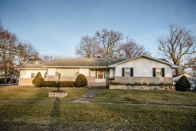 300 S Illinois Avenue, DELAND, IL 61839 (MLS #09860850) :: Lewke Partners