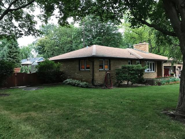 203 Sugar Grove Parkway S, Sugar Grove, IL 60554 (MLS #09861347) :: Lewke Partners