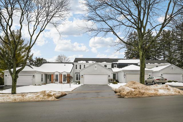 1808 Courtenay Drive, Wheaton, IL 60189 (MLS #09861695) :: Key Realty