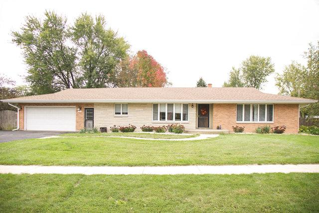 311 E Miller Avenue, Hinckley, IL 60520 (MLS #09861774) :: The Jacobs Group