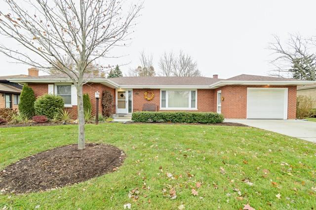 111 Evergreen Drive, Frankfort, IL 60423 (MLS #09862460) :: The Wexler Group at Keller Williams Preferred Realty