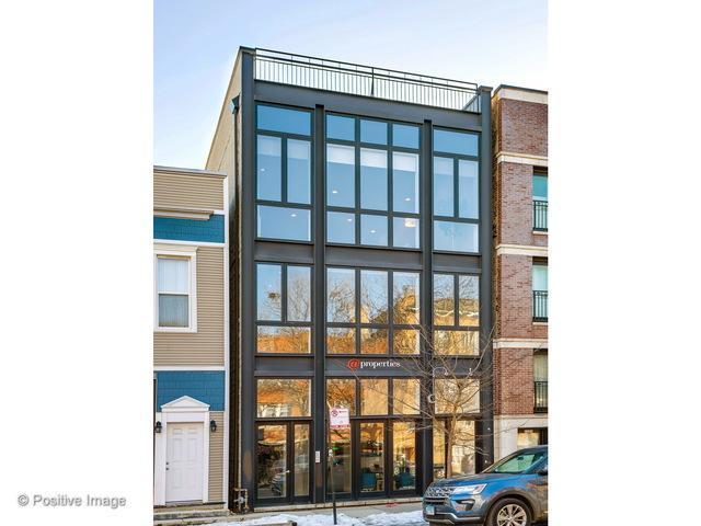 2203 W Roscoe Street #3, Chicago, IL 60618 (MLS #09862554) :: Domain Realty