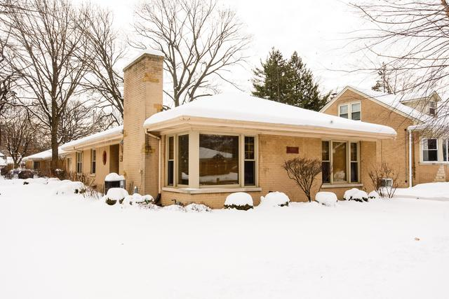 6869 N Moselle Avenue, Chicago, IL 60646 (MLS #09862556) :: The Dena Furlow Team - Keller Williams Realty