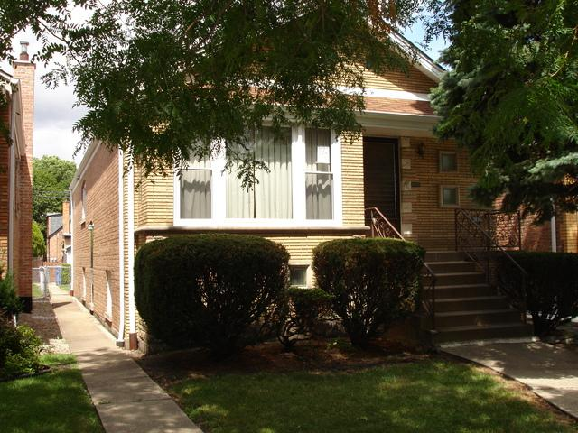 3834 W Marquette Road, Chicago, IL 60629 (MLS #09862740) :: Lewke Partners