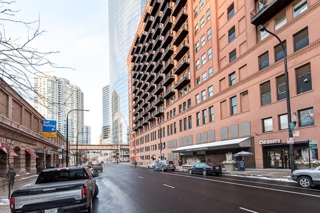 165 N Canal Street #1229, Chicago, IL 60606 (MLS #09862807) :: Domain Realty