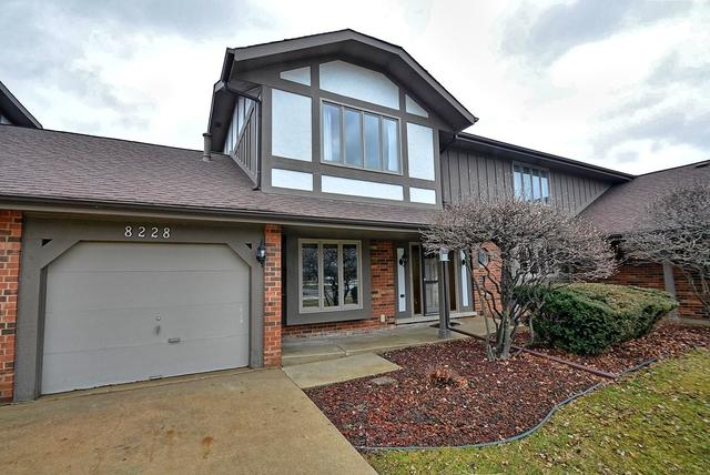 8228 W 140 Street, Orland Park, IL 60462 (MLS #09863508) :: The Wexler Group at Keller Williams Preferred Realty