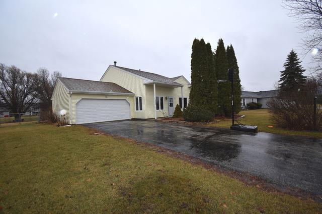 3582 Plymouth Lane, Island Lake, IL 60042 (MLS #09863641) :: The Jacobs Group