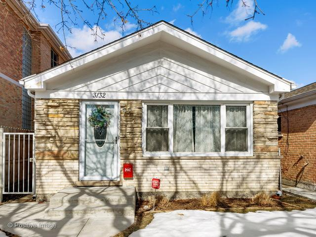 3132 W Hood Avenue, Chicago, IL 60659 (MLS #09863816) :: The Dena Furlow Team - Keller Williams Realty