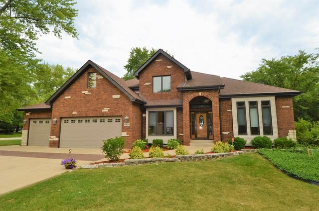 12403 S 70th Court, Palos Heights, IL 60463 (MLS #09863844) :: The Wexler Group at Keller Williams Preferred Realty