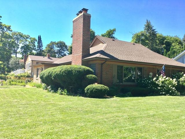 352 N Commonwealth Avenue, Elgin, IL 60123 (MLS #09864275) :: Lewke Partners