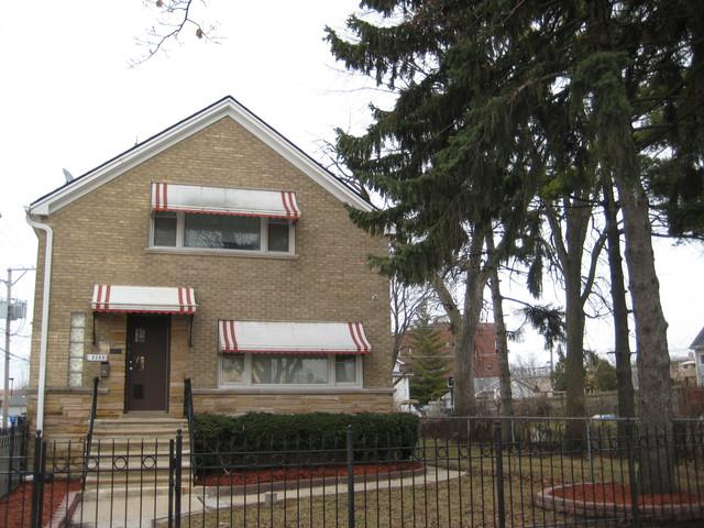 2359 N Nordica Avenue, Chicago, IL 60707 (MLS #09864281) :: The Dena Furlow Team - Keller Williams Realty