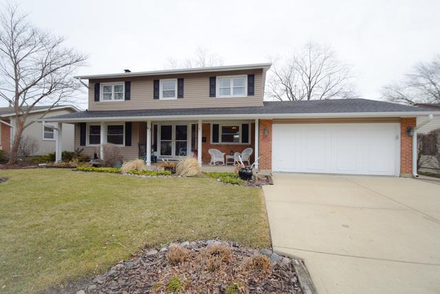 308 Dorchester Lane, Elk Grove Village, IL 60007 (MLS #09864322) :: Lewke Partners