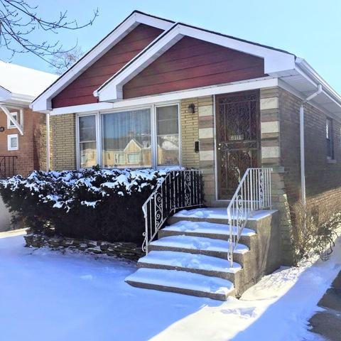 6111 W 35th Street, Cicero, IL 60804 (MLS #09864327) :: The Dena Furlow Team - Keller Williams Realty