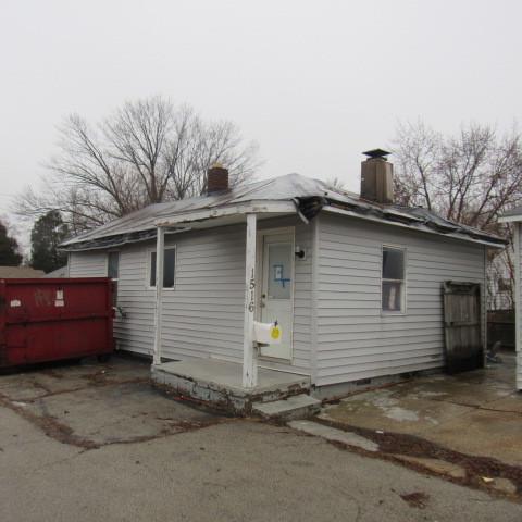 1516 Fulton Avenue, Rockford, IL 61103 (MLS #09864379) :: The Dena Furlow Team - Keller Williams Realty