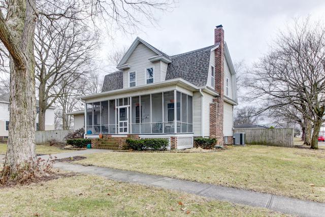 565 N Piatt Street, BEMENT, IL 61813 (MLS #09864384) :: Lewke Partners