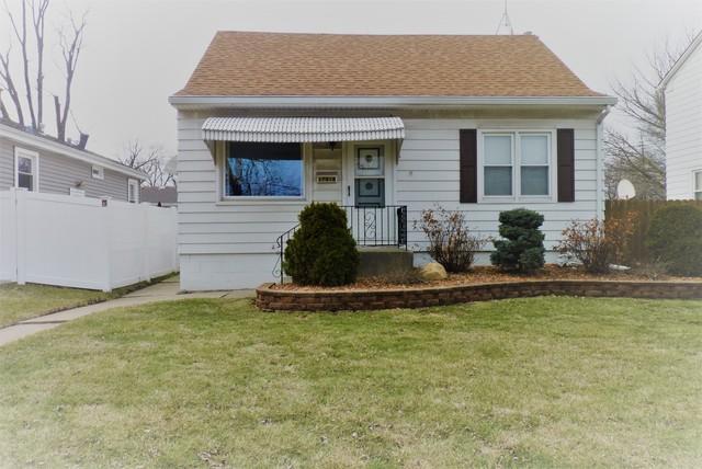 17918 Henry Street, Lansing, IL 60438 (MLS #09864411) :: The Dena Furlow Team - Keller Williams Realty