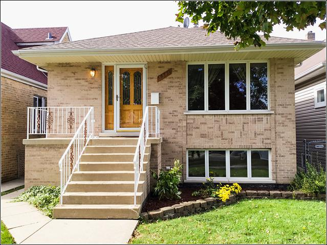 5514 N Nordica Avenue, Chicago, IL 60656 (MLS #09864493) :: The Dena Furlow Team - Keller Williams Realty